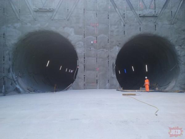 Kiedy napierdalasz tunel żeby się wyrobić do 2033